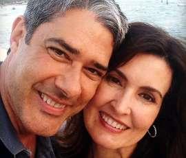 Climão? Fátima e Bonner mantêm distância em gravação da Globo