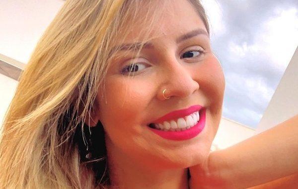 """Marília Mendonça posta foto e Neymar elogia: """"Gata demais"""""""