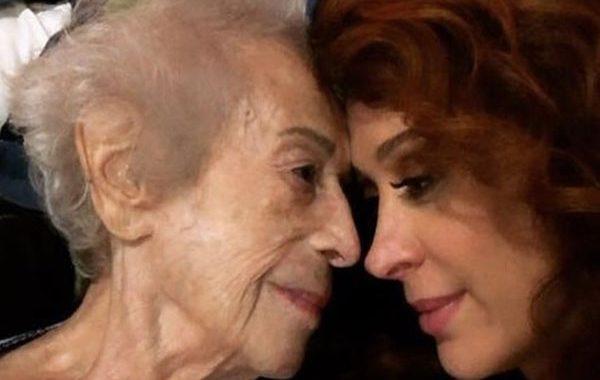 "Claudia Raia lamenta a morte da mãe, dona Odette: ""Fico desnorteada"""