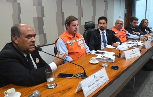 Todo o bairro do Pinheiro é considerado como área de risco, diz Defesa Civil