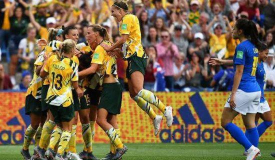 Marta estreia, deixa o seu, mas Brasil sofre a virada para a Austrália na Copa do Mundo Feminina