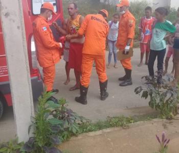 Após discussão por ciúmes, mulher esfaqueia marido em Palmeira