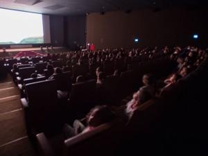 Cinemas têm até janeiro para garantir acessibilidade a cegos e surdos