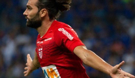 Com dois gols de Léo Gamalho, CRB bate Cruzeiro na Copa do Brasil: 2 a 0