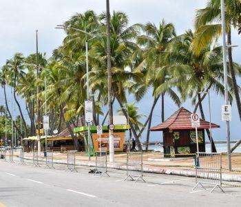 Acesso as praias de Maceió volta a ser permitido por novo decreto da prefeitura