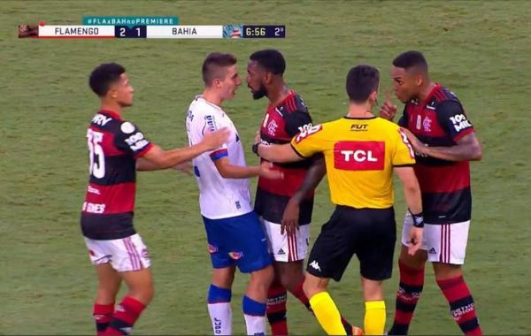 Gerson, do Flamengo, e Ramírez, do Bahia, são intimados a depor na sede do STJD no dia 3 de fevereiro