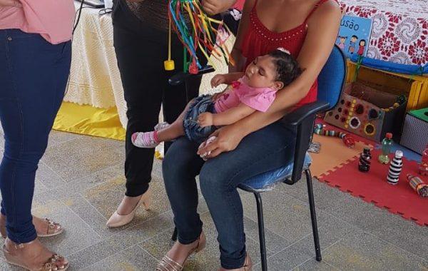 Secretaria de Saúde capacita professores que receberão crianças com microcefalia, em Palmeira