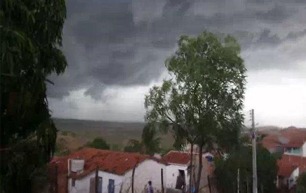 Temporal causa estragos em vários municípios do Sertão de Alagoas