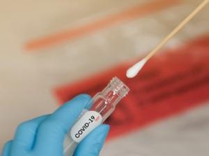 AL soma mais 558 infectados e 5 mortos vítimas da Covid-19 nas últimas 24h