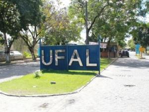 Reitor da Ufal confirma que aulas presenciais só serão retomadas em 2021